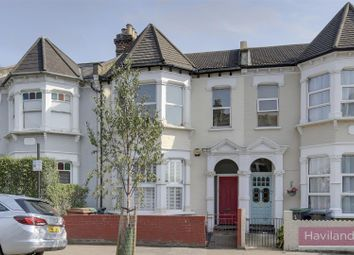 Wightman Road, London N4. 1 bed flat