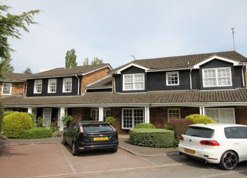 Thumbnail 1 bedroom flat to rent in Chiltern Hill, Chalfont St. Peter, Gerrards Cross