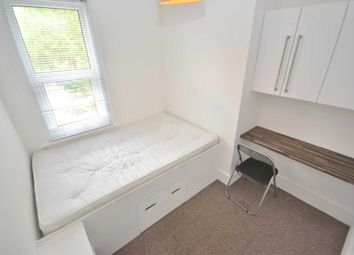 Thumbnail Room to rent in Kings Road, Reading, Berkshire, - Room 4
