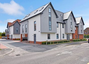 Thumbnail 2 bedroom flat to rent in Apus House, Francis Close, Thatcham
