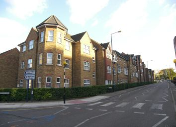 Thumbnail 1 bed flat to rent in Grosvenor Place, Burleigh Gardens, Woking