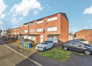 3 bed town house to rent in Hawkins Close, Harrow HA1