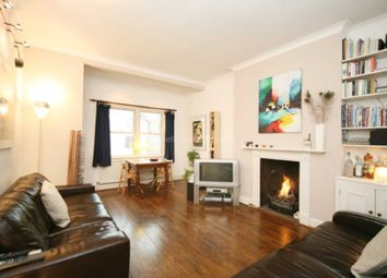Thumbnail 2 bed flat to rent in Devenport Rd, Shepherds Bush