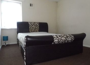 Thumbnail 2 bed flat to rent in Cobden Street, Peterborough