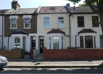 Thumbnail 2 bedroom flat to rent in Nine Acres Close, London