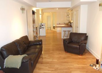Thumbnail 1 bed flat to rent in Knighten Street, Wapping