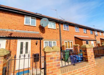 Thumbnail 5 bed mews house to rent in St. Cuthberts Road, Newcastle Upon Tyne
