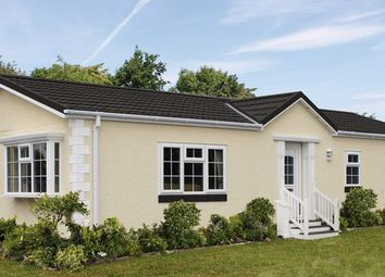 Thumbnail 2 bed mobile/park home for sale in North Drive, Oak Tree Park, St. Leonards, Ringwood
