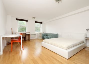 Thumbnail 1 bed flat to rent in Old Street, Clerkenwell