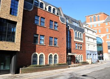 Thumbnail 1 bed flat to rent in Summit House, Greyfriars Road, Reading, Berkshire