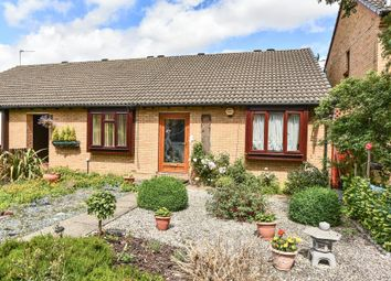 Thumbnail 2 bed bungalow for sale in Cobb Close, Datchet