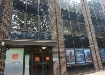 Thumbnail Studio to rent in Alexandra House, Queens Terrace, Ocean Village