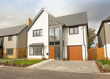Cliffside Drive, Broadstairs CT10. 4 bed property for sale