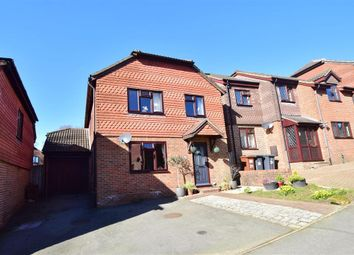 Oliver Close, Crowborough, East Sussex TN6. 4 bed detached house for sale