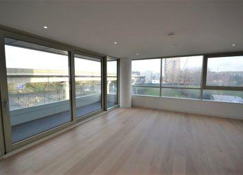 Thumbnail 1 bed flat to rent in Royal Wharf, Royal Docks / Silvertown, London