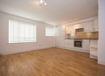 Thumbnail 1 bedroom flat to rent in Chivalry Road, Clapham Junction