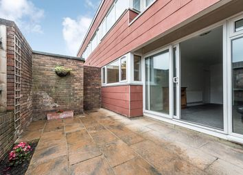 Thumbnail 1 bed flat for sale in Farnham Gardens, London