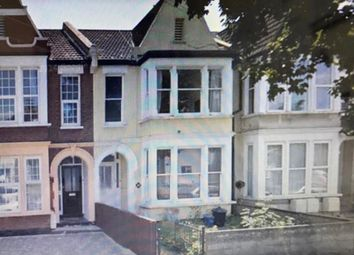 Thumbnail 2 bedroom flat for sale in 27A Lancaster Gardens, Southend-On-Sea