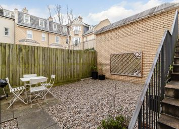 Thumbnail 1 bedroom flat for sale in Saint Matthew's Gardens, Cambridge