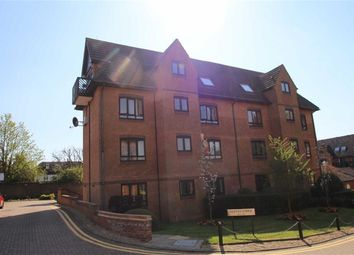Thumbnail 1 bedroom flat for sale in Cleves Lodge, Buckhurst Hill, Essex