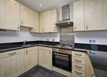 Thumbnail 1 bed flat to rent in Palmers Road, London