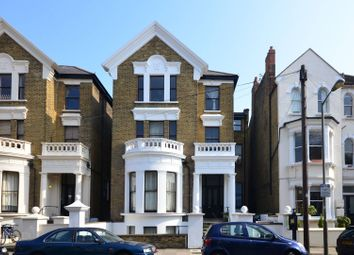 Thumbnail 1 bed flat to rent in Sisters Avenue, Clapham Common North Side