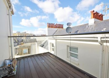 Thumbnail 2 bed flat to rent in Old Steine, Brighton, East Sussex