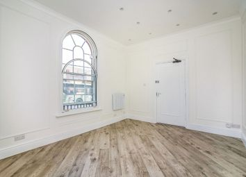 Broadway Shopping Centre, The Broadway, Maidstone ME16. 2 bed flat