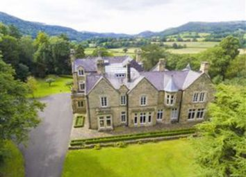 Thumbnail 5 bed town house for sale in Gate Road, Froncysyllte, Llangollen