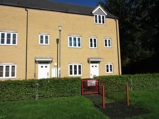 Thumbnail 1 bed maisonette for sale in Snowdonia Way, Stevenage