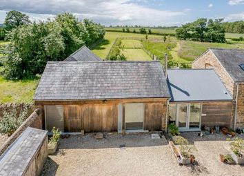 Thumbnail 2 bed barn conversion for sale in Tysoe Road, Kineton, Warwickshire