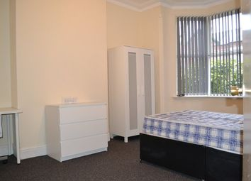 Thumbnail 5 bed shared accommodation to rent in Lenton Blvd, Lenton, Nottingham