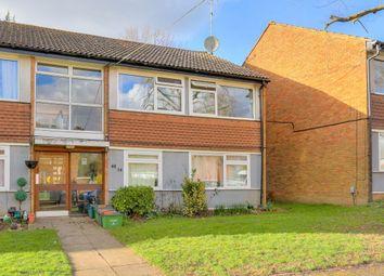 Thumbnail 2 bedroom flat to rent in Sherwoods Rise, Harpenden, Hertfordshire