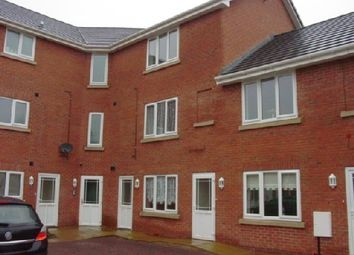 Thumbnail 2 bedroom flat to rent in Highfield Court, Dudley