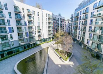 Thumbnail 2 bed flat for sale in Saffron Central Square, Croydon