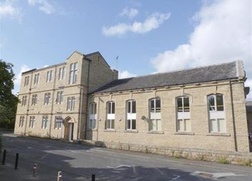 Thumbnail 3 bed flat to rent in Bennett Street, Liversedge