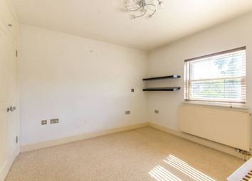 3 bed property for sale in Holtwhite Avenue, Chase Side, Enfield EN2