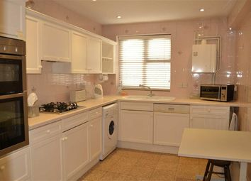 Thumbnail 2 bed flat to rent in Holders Hill Road, Mill Hill, London