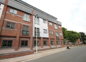 Thumbnail 1 bedroom flat to rent in Kings House, Cantelupe Road, East Grinstead