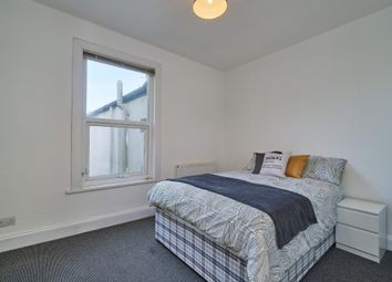 Thumbnail 6 bedroom shared accommodation to rent in Lisson Grove, Mutley