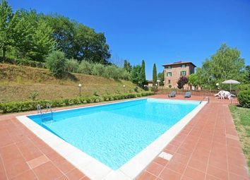 Thumbnail 9 bed country house for sale in Castiglione Del Lago, Castiglione Del Lago, Perugia, Umbria, Italy