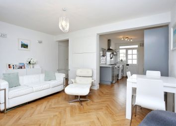 Thumbnail 2 bed flat for sale in Hartington Court, Chiswick