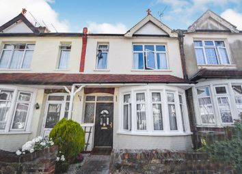 Gainsborough Drive, Westcliff-On-Sea SS0. 3 bed terraced house