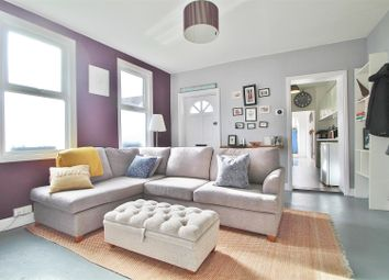 2 bed maisonette to rent in Linkfield Road, Isleworth TW7