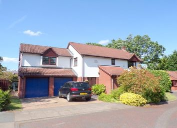 Thumbnail 4 bed property to rent in Dibbinview Grove, Wirral