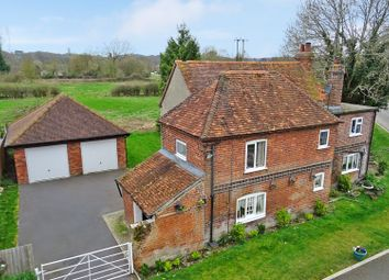 Thumbnail 3 bedroom detached house for sale in Crookham Hill, Thatcham
