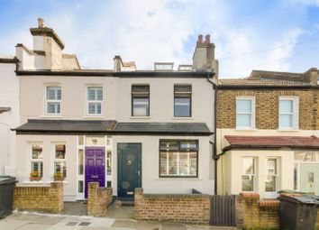 Thumbnail 3 bed property to rent in Ringslade Road, Wood Green