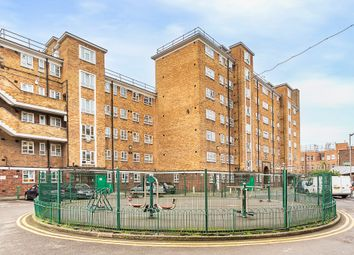 Thumbnail 4 bed flat to rent in Cranston Estate, London