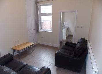 Thumbnail 3 bed terraced house to rent in Queens Road, Leicester