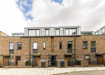 Thumbnail 2 bed flat for sale in Gideon Road, London